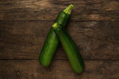 Thumb 400 various farms organic zucchini lb