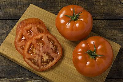 Thumb 400 various farms organic tomatoes lb